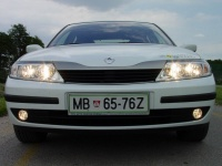 Renault Laguna Expression 1,9 dCi (120 KM):  4,1 litra